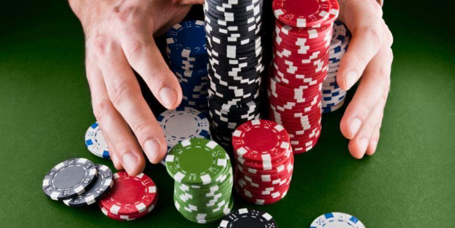 Serunya Main Sakong dengan Download Apk Poker