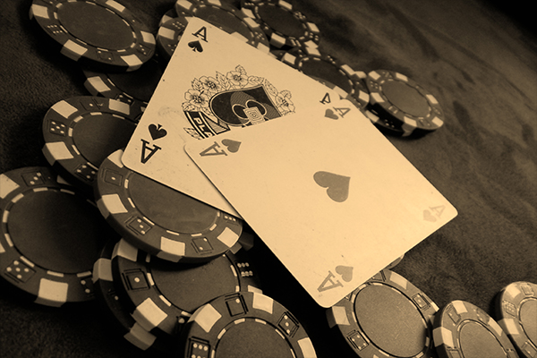 Cara praktis untuk memainkan permainan poker terbaik